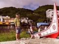 夏曼藍波安與他新造的獨木舟